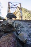 Équilibre de roche image stock