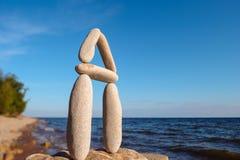 Équilibre parfait des cailloux Photos libres de droits