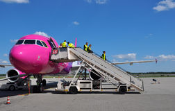 Équipage de carlingue de Wizzair Photo libre de droits