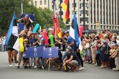 Équipage de défilé du bateau à Riga Photos stock