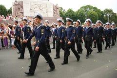 Équipage de défilé du bateau à Riga Photos libres de droits