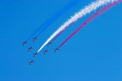 Équipe acrobatique aérienne à l'airshow Photographie stock
