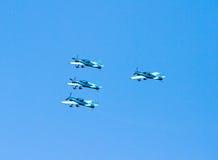 Équipe acrobatique aérienne d'affichage de lames photographie stock libre de droits