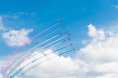 Équipe acrobatique aérienne dans l'action Photo stock