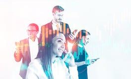 Équipe d'affaires avec des smartphones, graphique financier illustration de vecteur