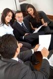 Équipe d'affaires dans un bureau Image stock