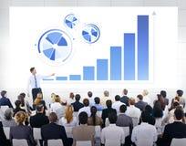 Équipe d'affaires sur la présentation d'affaires images stock