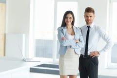 Équipe d'affaires Verticale de gens d'affaires réussi Business Photo libre de droits