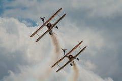 Équipe d'affichage de Breitling Wing Walkers Photo stock