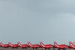 Équipe d'affichage de RAF Red Arrows 2016 alignée photographie stock