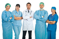 Équipe de cinq médecins Photographie stock