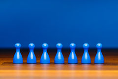 Équipe de concept, affaires, organisation, bleue sur le bois Photographie stock libre de droits
