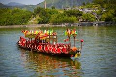 Équipe de course de Dragon Boat Festival DaoTai photo libre de droits