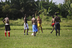 Équipe de football africaine pendant la formation Photographie stock