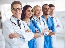 Équipe des médecins images libres de droits