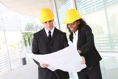 Équipe diverse de construction d'affaires images stock