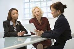 Équipe féminine d'affaires