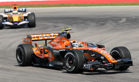 Équipe F8 d'Etihad Aldar Spyker F1 Image libre de droits