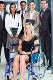 Équipe handicapée de femme d'affaires Images stock