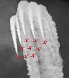 Équipe rouge d'affichage de flèches Images stock