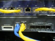 Équipement de commutateur de communications de câble de console Image stock
