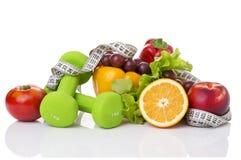 Équipement de forme physique et nourriture saine Photo libre de droits