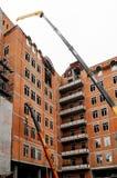 Équipement de levage au toit du bâtiment Photos libres de droits