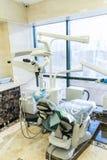Équipement de photo dans le bureau dentaire Traitement et prosth?tique des dents photo stock