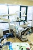 Équipement de photo dans le bureau dentaire Traitement et prosth?tique des dents images libres de droits