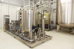 Équipement de purification d'eau sur l'usine de Solopharm photo libre de droits