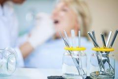Équipement dentaire image libre de droits