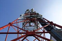 Équipement en réseau sur la tour Image libre de droits