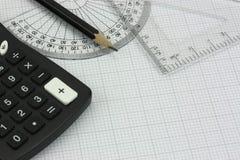 Équipement et calculatrice de dessin Images libres de droits