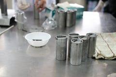 équipement industriel pour le proce fermenté de production de saucisse de proc Photos libres de droits