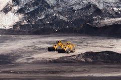 Équipement minier ou machines d'extraction, bouteur de mine à ciel ouvert ou à ciel ouvert comme production de charbon Images libres de droits