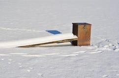 Équipement pour évacuer l'eau les lacs congelés en glace, sud photos libres de droits