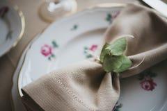 Équipement pour des mariages, table de décoration Photographie stock
