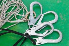 Équipement pour l'accès de corde photo stock