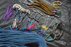 Équipement pour l'alpinisme et l'escalade Photos stock