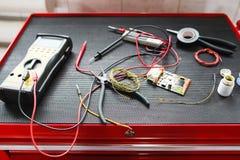 Équipement pour l'entretien électronique de la voiture Photographie stock libre de droits