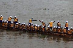 Équipes de bateau de serpent Photographie stock