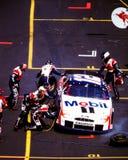 Équipes du stand de ravitaillement de NASCAR Photos libres de droits