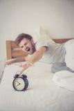 équipez l'atteinte américaine de nationalité somnolente pour le sommeil de réveil Photo stock