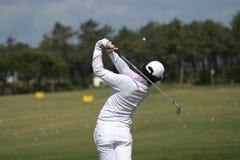 Équipez l'oscillation de golf Images libres de droits
