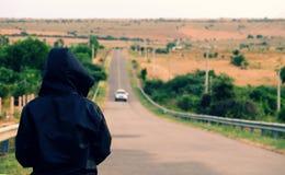 Équipez le regard en avant sur le chemin, la vie réussie Photo libre de droits