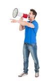 Équipez les cris dans le corne de brume tout en se dirigeant loin Photos libres de droits