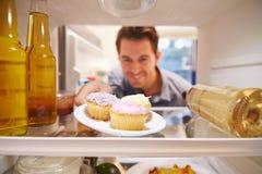 Équipez sembler le réfrigérateur intérieur complètement du ½ malsain de ¿ de Foodï Photo stock