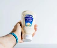 Équipez tenir le fond propre disponible de paquet de pot de boîte à mayonnaise Image stock