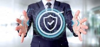 Équipez tenir un rendu du concept 3d de sécurité de Web de bouclier Images libres de droits