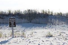 Érosion sur des dunes photographie stock libre de droits